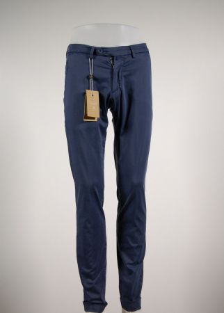 Pantalone in cotone stretch slim fit b700 in sette colori