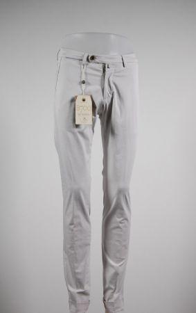 Pantalone in cotone stretch slim fit b700 in sette colori