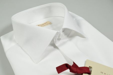 Double wrist shirt with twin cuff slim fit