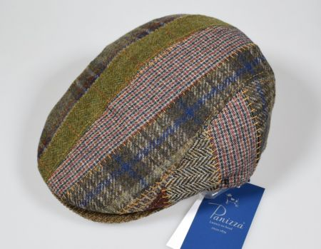 Panizza cap in pure green wool with patchwork fantasy