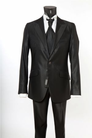Abito nero gessato luciano soprani cerimonia slim fit completo di panciotto e cravatta