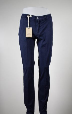 Pantalone slim fit quaota otto in cotone stretch slim fit