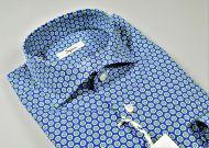 Camicia ingram in cotone con fantasia stampata azzurra