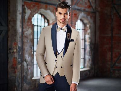 Smoking beige baggi ceremony slim fit complete with waistcoat and bow tie