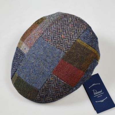 Berretto panizza blu a patchwork in lana donegal tweed
