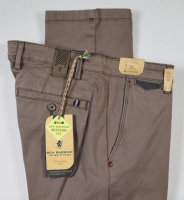 Brown sea barrier trousers in stretch cotton satin modern fit