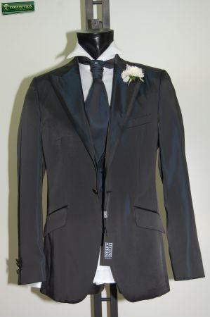 Abito blu slim fit luciano soprani cerimonia con panciotto e cravatta