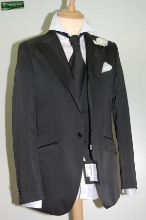 Abito cerimonia luciano soprani nero con panciotto e cravatta