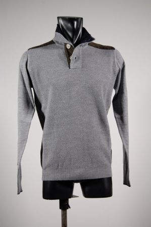 High neck sweater with buttons ocean star