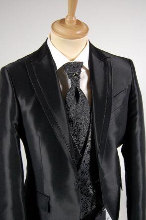 Abito cerimonia nero completo di panciotto e cravatta luciano soprani